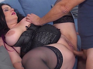 Juicy-Butt Babe Drilled Hard Anally in Tight Position